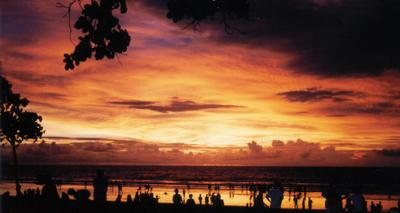 Sunset_in_Kuta.jpg
