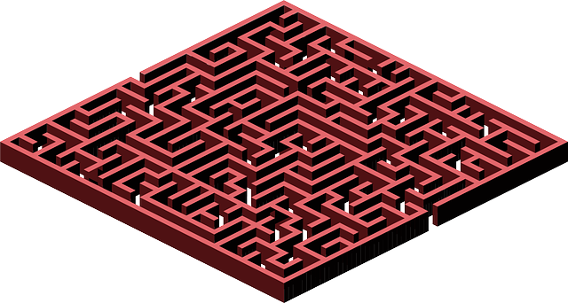 labyrinth-159471_640.png
